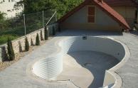 A környezet rendezése - úszómedence építés